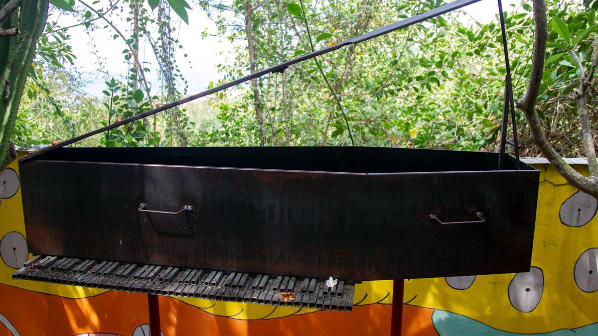 Le piano cercueil